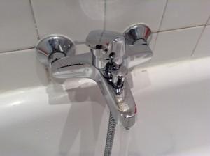 remplacement-robinetterie-baignoire2